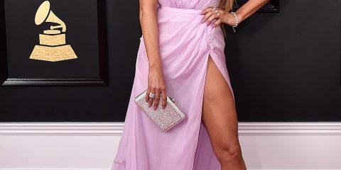 J-Lo, Rihanna At 2017 Grammy Awards
