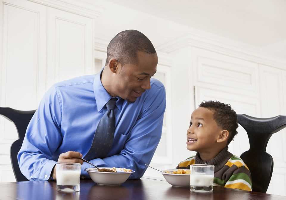 10 Huge Downsides Of Dating A Single Father