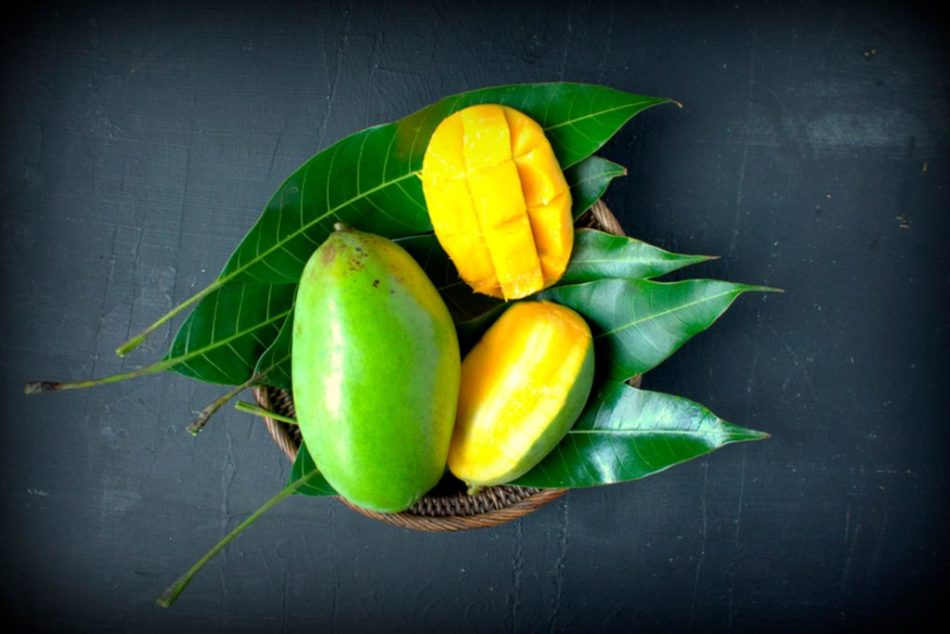 Health benefits of mango leaves.